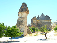 Fairy chimneys in Zelve Valley 01